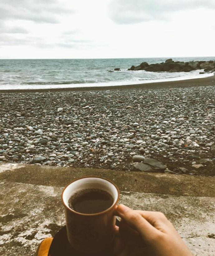 Deniz sen ne güzel bir şeysin💚💛💜