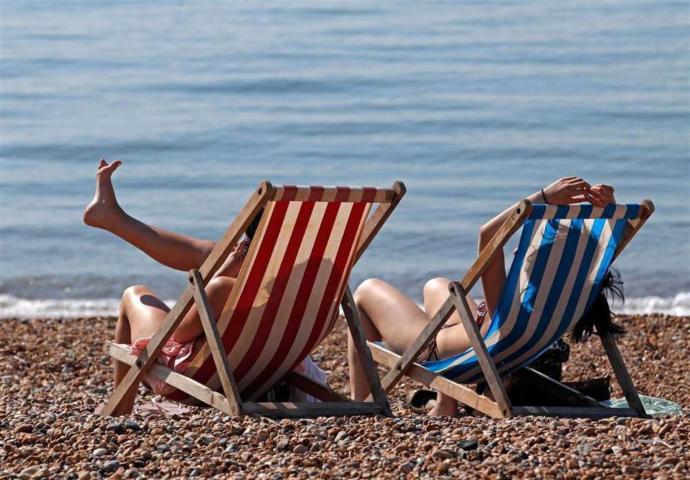 Kumsalda kendinizi kuma gömer misiniz yoksa şezlong yeterli mi?