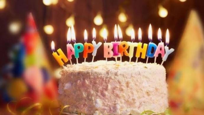 Sizce bugün kimin doğum günü?