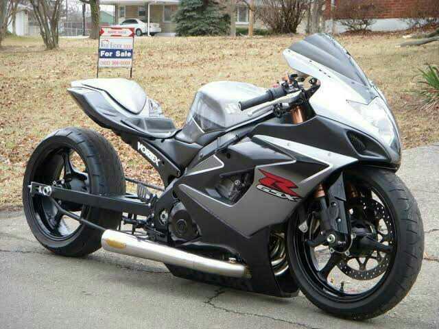 Kızlar arabası olan erkek mi motoru olan erkek mi ?