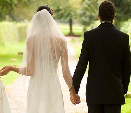 Çok sevdiğiniz birisi ile düğün olmadan evlenirmisiniz... Düğün olmadan evlilik olmaz mı?