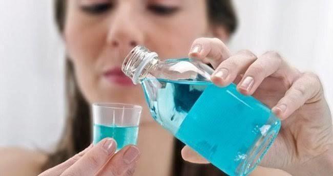Diş ve diş eti sağlığı için ağız bakım suyu kullanmak gerekli mi?