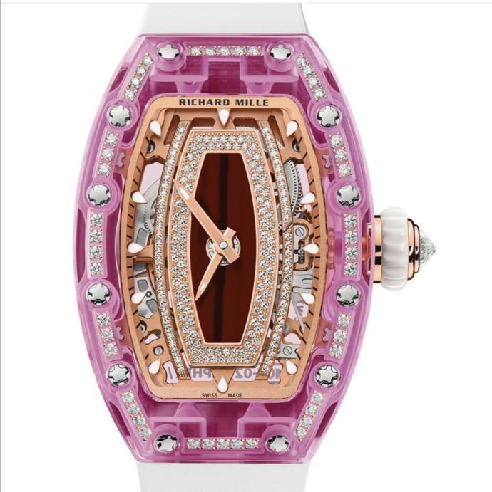 Sevgilime bu saati almayı düşünüyorum. Sizce beğenir mi?