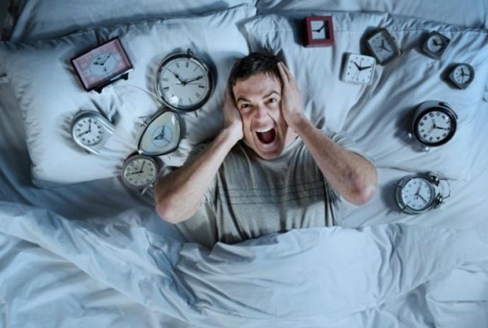 Uyku 💤 bağımlılığı neden olur?