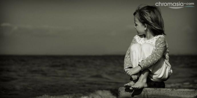 Çocuğun yalnız büyümesinde ailenin olumsuz etkisi nedir?