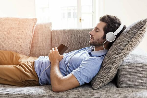 Zihninizi meşkul eden sorulara cevap ararken size yardımcı olan şarkılar var mı?