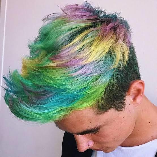 Erkeğe hangi renk saç boyası hiç yakışmaz?