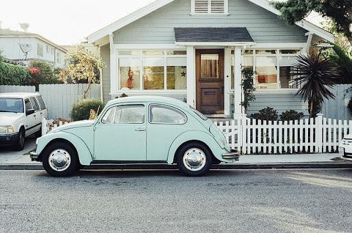 Arabamı sokağa park ediyorum ama içim rahat değil. Siz arabanızı otoparka mı park edersiniz yoksa sokağa mı?