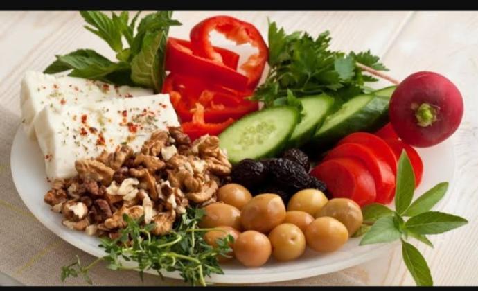 Diyet Kahvaltı Önerisinde Bulunabilirmisiniz?