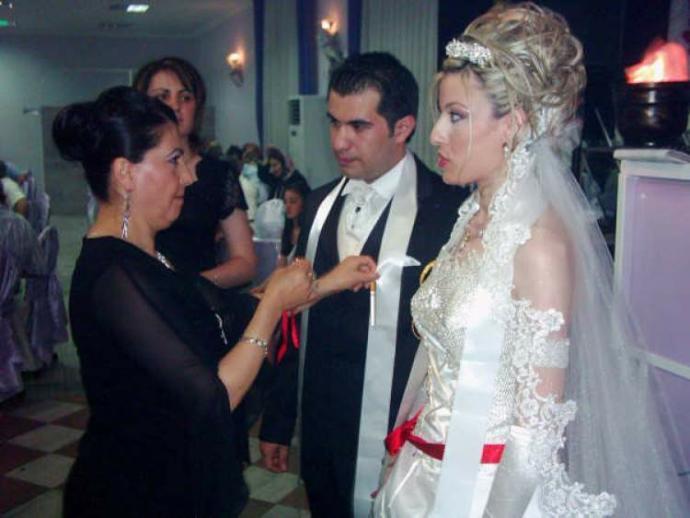 Düğünde takılan takılar nasıl değerlendirilmeli?