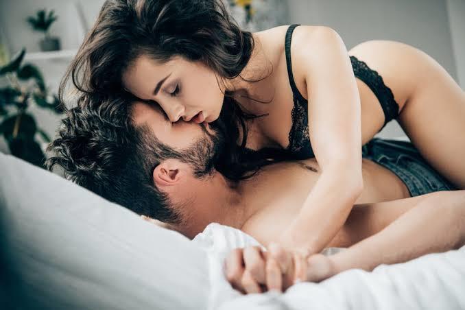 Bir kadının seks yapmak istediği nasıl anlaşılır?