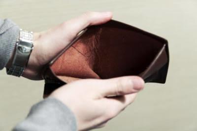 Bir erkek bir kadını parasız olsa bile mutlu edebilir mi?