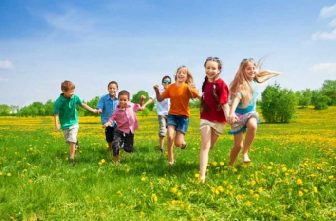 Çocukluk döneminizde dışarıda oyun oynamak sizin için bambaşka bir mutluluk muydu?