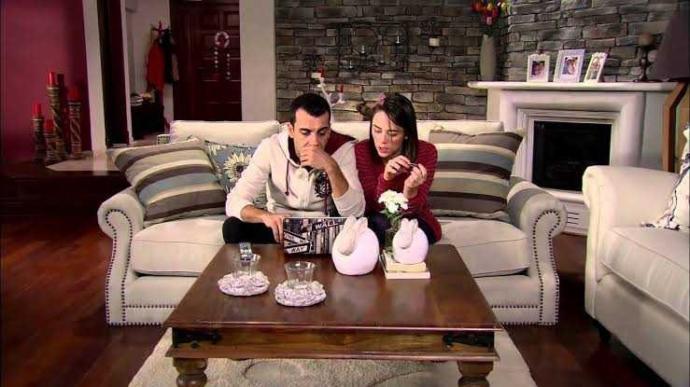 Evliyken eşten habersiz karşı cins arkadaş eve çağırılır mı?