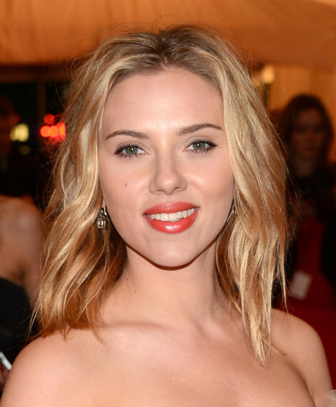 Scarlett Johanssonnu Nasıl Buluyorsunuz? Sizce Güzel mi?