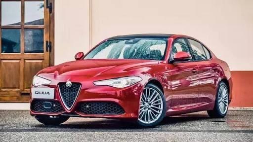 sizce Alfa Romeo gulia mı Audi a4 mu?