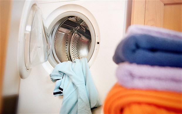 Çamaşır yıkarken renk koruyucu mendil kullanır mısınız?