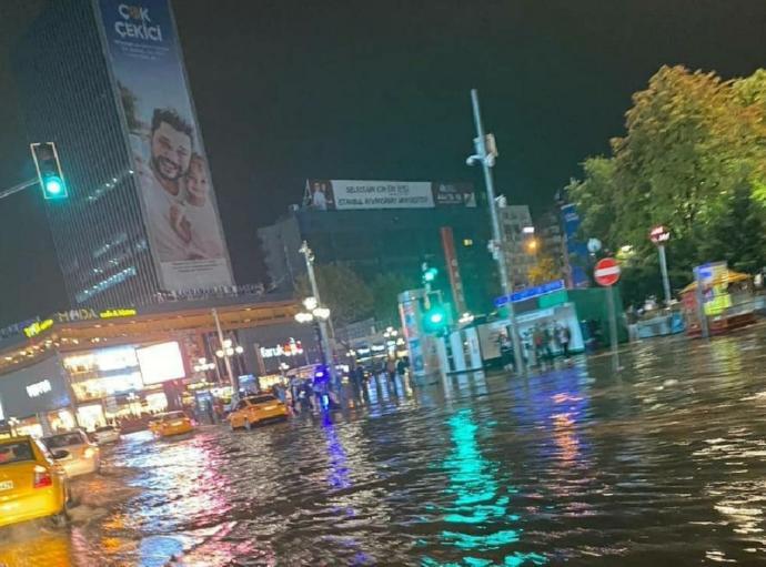 Ankarada deniz yok diyenler utanır mı?