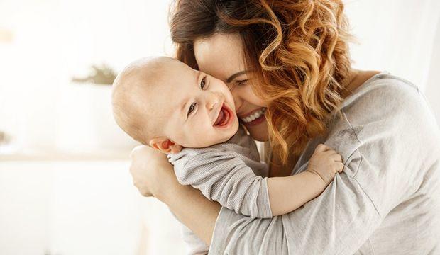 Kucaklanmak bebeklerin DNA'sını değiştirir mi?