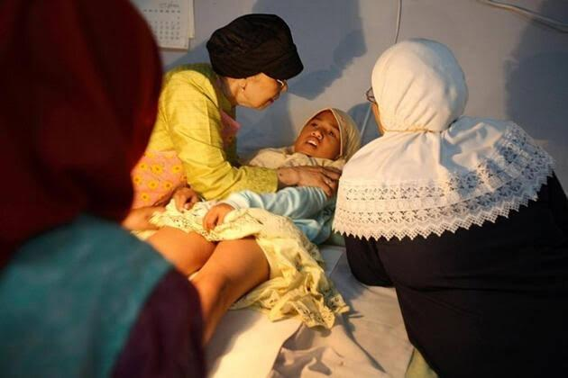 Bir Ortaçağ işkencesi olan kadın sünneti neden uygulanıyor?