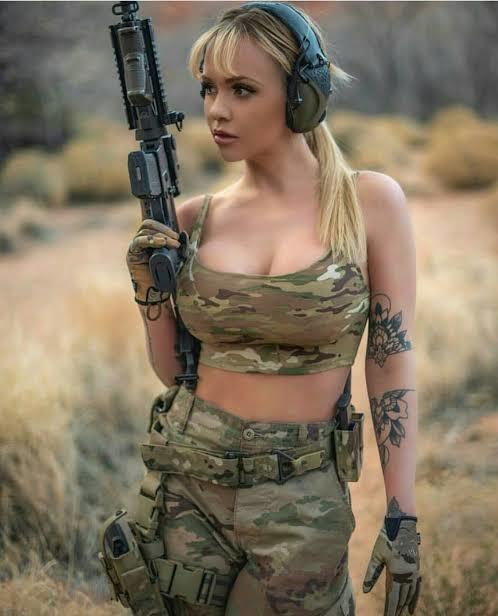 Kadınlar askere gitmeli mi?