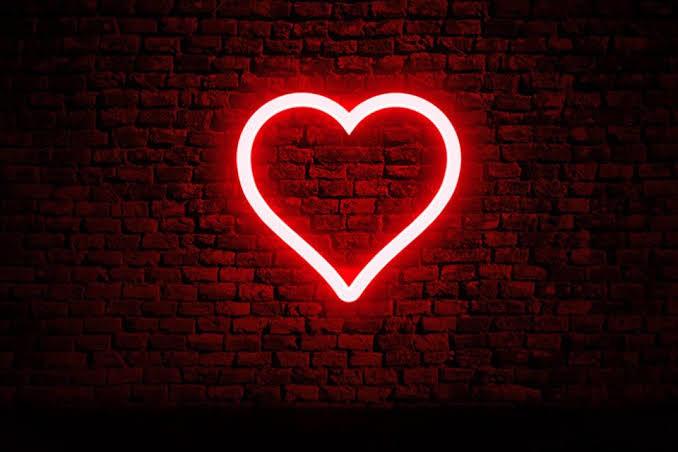 Aşkın Kanunu Yazsan İlk 3 Değişmez Maddesi Ne Olurdu?