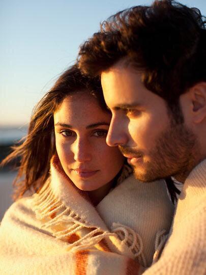 Niye hep yanlış, kişiye aşık oluyoruz?
