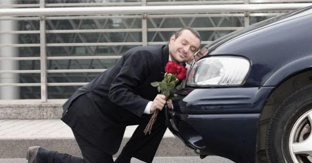 Erkeklerin ikinci eşleri arabaları mıdır?