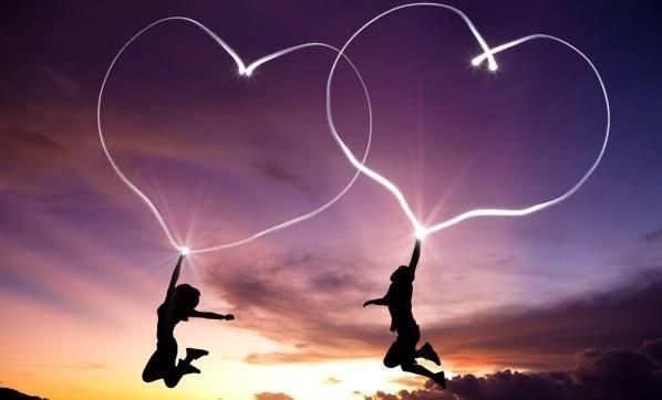 Kadınlar mı yoksa erkekler mi daha çabuk aşık olur?