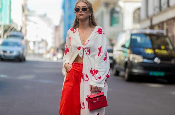 Giysiler üzerinde kafanda tasarladığın gibi duruyor mu?
