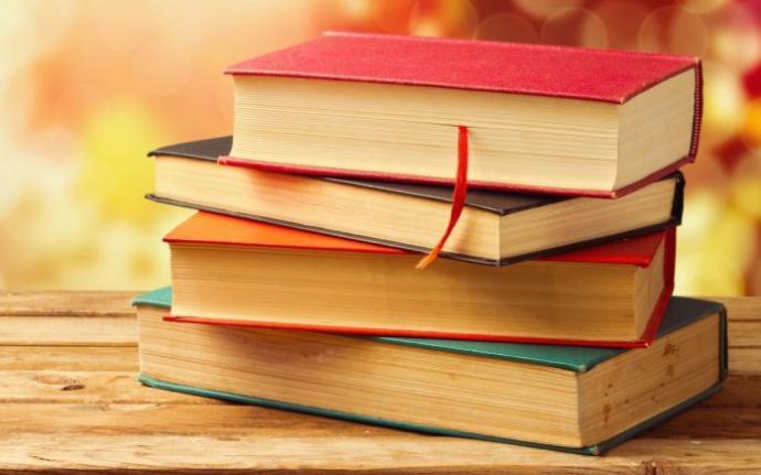 Kitap önerir misiniz? Aşk devlet ve kişisel gelişim kitapları dışında?