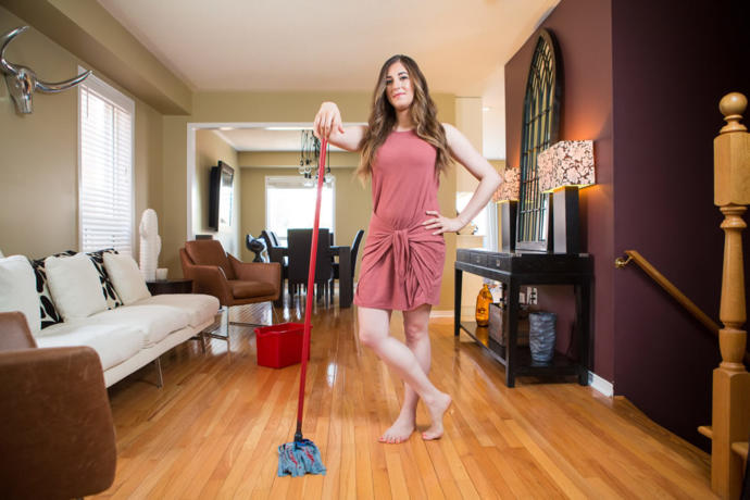 Gelinler kayınvalidelerinin evini temizlemeli mi?