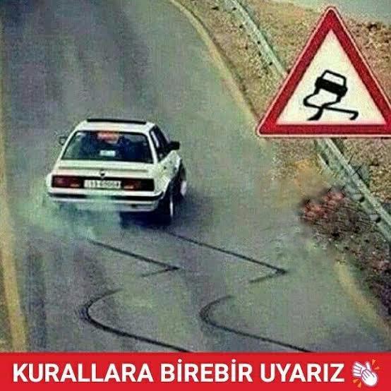 Trafik işaretlerine aynen uyar mısınız?