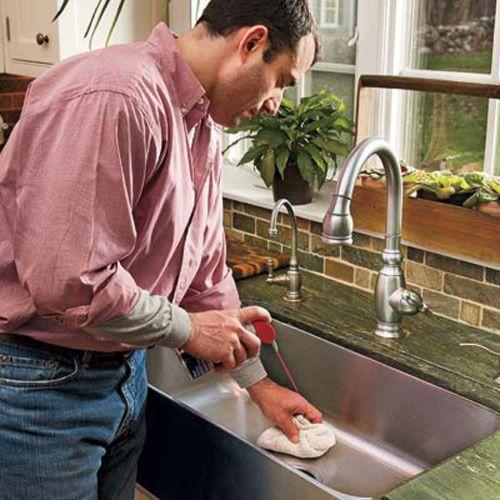 Erkeklere temizlik yapmak yakışıyor mu?