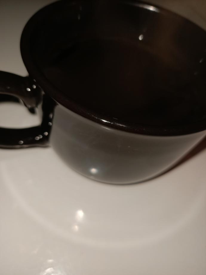 Çayı kupada mı içersiniz çay bardağında mı?