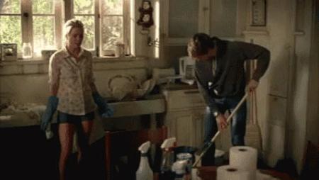 Yeni yıl, yeni ev düzeni! Ev temizliğinde en çok hangisine dikkat eder hale geldin?