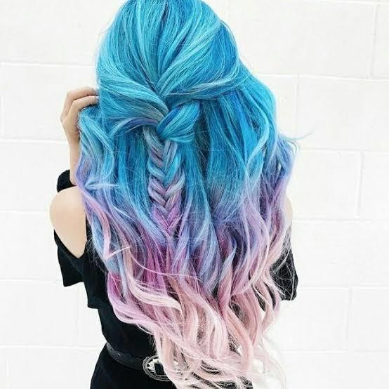 Saçlarınızı şu an boyamaya cesaretiniz olsaydı, hangi renge boyardınız?