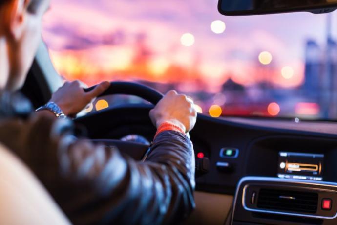 Sana bir araba ve sınırsız yakıt verselerdi, ilk gideceğin yer neresi olurdu?