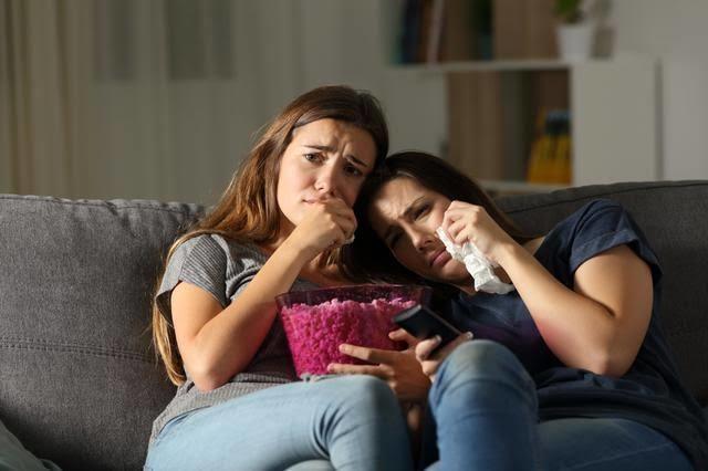 Sevmediğiniz bir filmi arkadaşınızı kırmamak için izler misiniz?