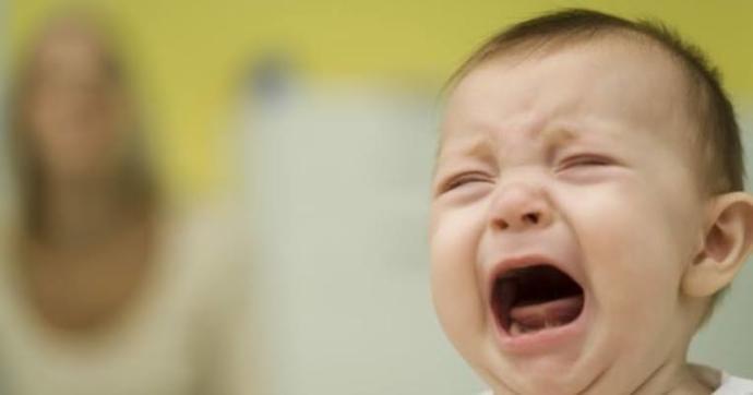 Çocuğum dışarı çıkmak için ağlıyor, pandemiden dolayı çıkaramıyorum ne yapabilirim?