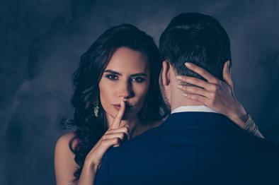 Aldatıldığını anladığında ancak sevgisini ve ilgisini gösteren erkeğe ne denilebilir?