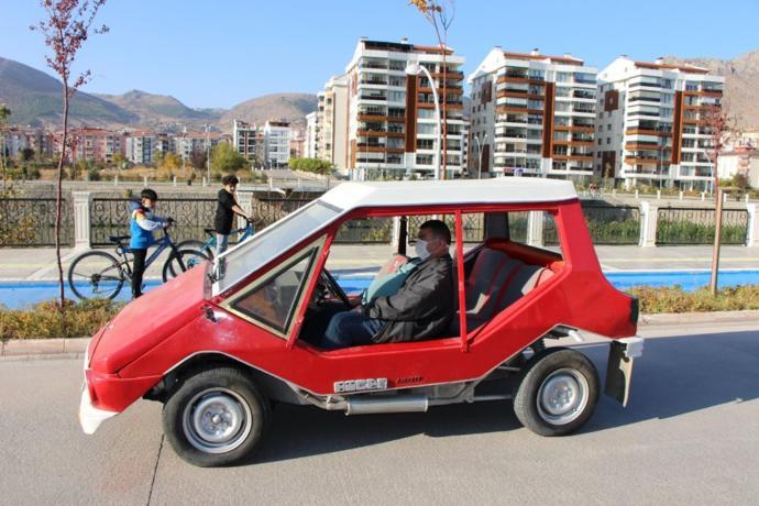 1975 model klasik aracı 230 bin TLye alır mıydınız? Klasik araç seviyor musunuz?
