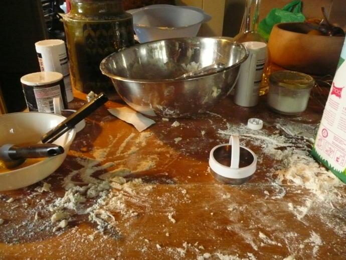 Yemek yaptıktan sonra arkanızda hortum geçmiş gibi bir mutfak mı bırakırsınız yoksa temiz mi çalışırsınız?
