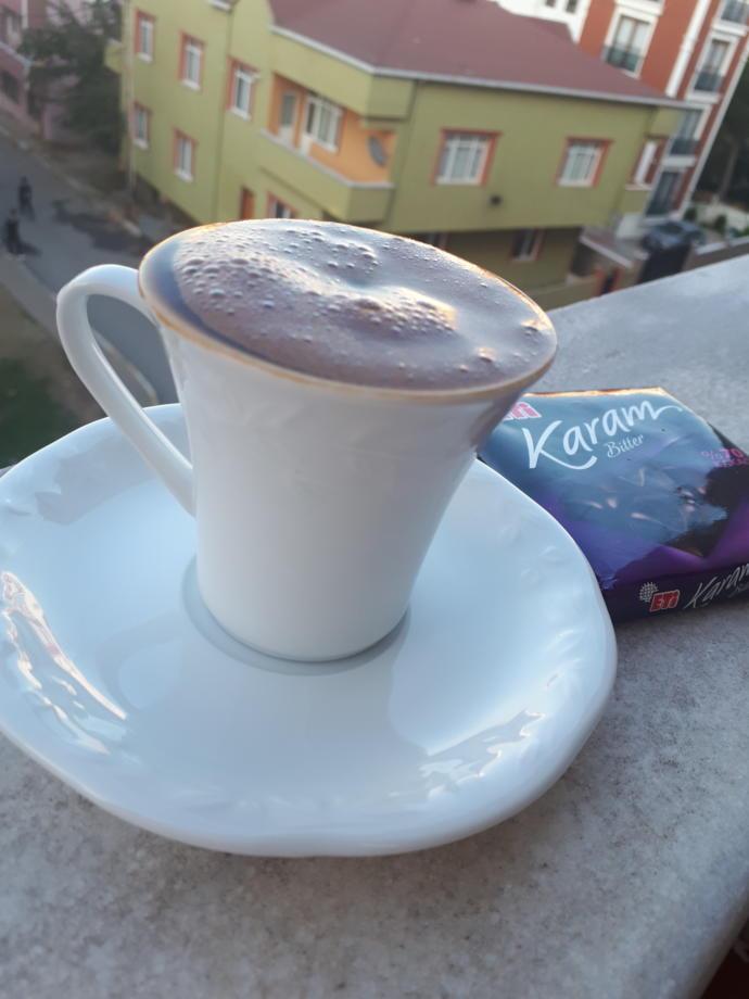 Çikolata vereyim bi parça😀