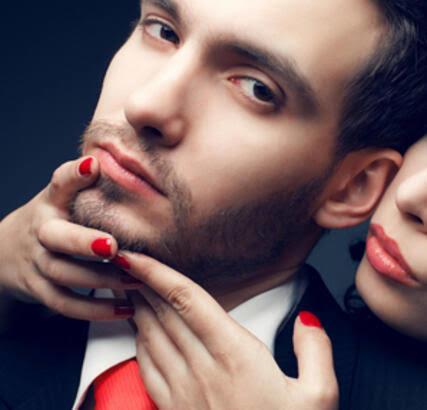 Kalın dudaklı erkekler kadınların ilgisini daha çok mu çeker? Bir kadın alt dudağına hasta oluyorum diyorsa bu ne anlama gelir?