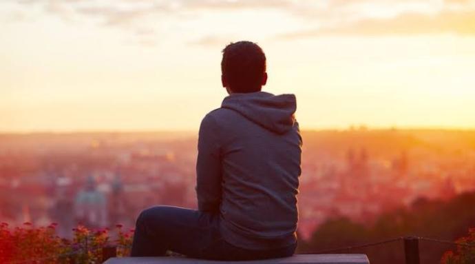 Aşk acısı çeken birine ne önerirsiniz?