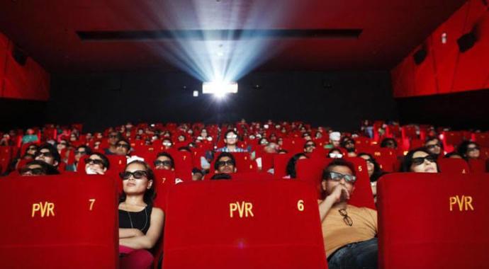 Filmleri sinemada mı izlemeyi tercih edersiniz, ev ortamında mı?