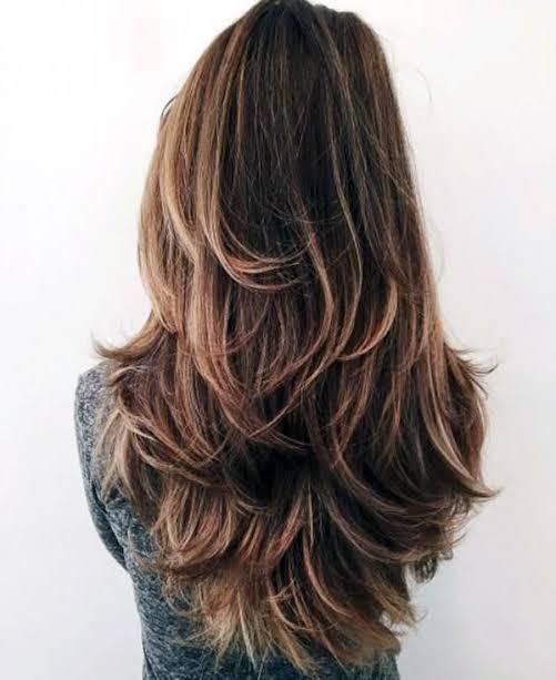 Saçlarınızı ne sıklıkla kestirirsiniz?