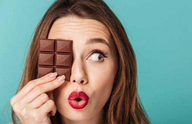 Kadınlar, çikolataya mı hayır diyemez yoksa tutkulu bir aşka mı?