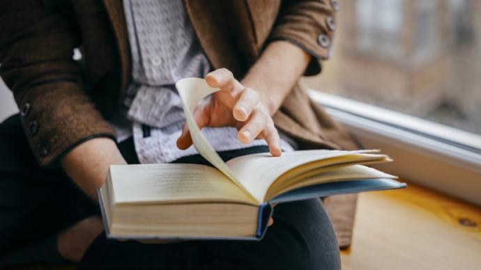 Şu zamana kadar okuduğunuz kitaplardan en yüksek sayfa sayısına sahip kitap kaç sayfaydı?